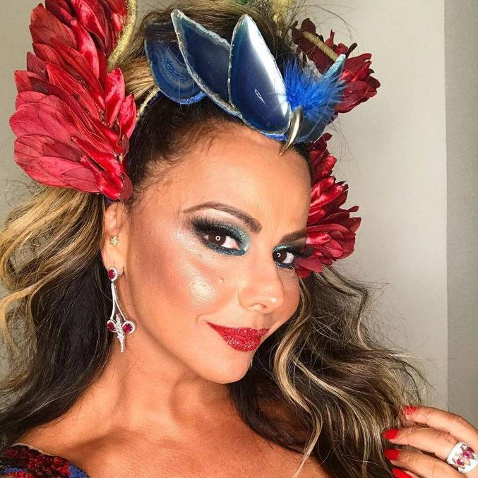 Viviane Araújo estará na Super Dança dos Famosos