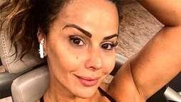"""Viviane Araújo é chamada de feia em rede social e rebate: """"Se olha no espelho"""" ()"""