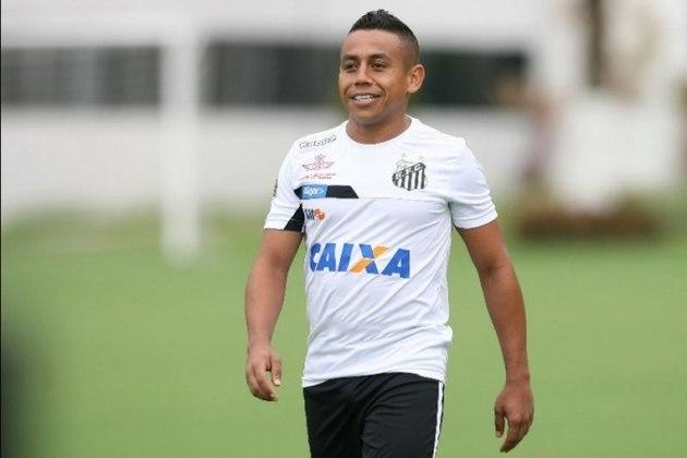 VLADIMIR HERNANDEZ - Vladimir Hernandez chegou ao Santos com expectativa, por conta de sua rapidez e altura. Porém, marcou somente duas vezes em 25 jogos e não deixou saudades na torcida do Peixe