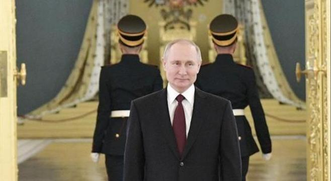 Putin na cerimônia para receber credenciais de embaixadores estrangeiros nomeados para a Rússia