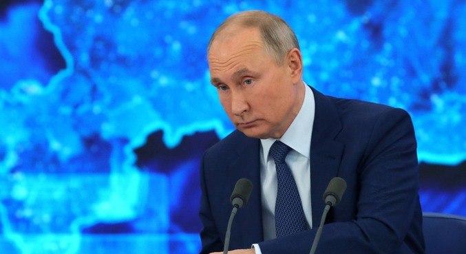 Putin faz apelo aos russos para que se vacinem contra covid