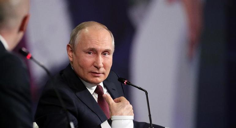 Putin vai participar de cúpula com Joe Biden no próximo dia 16, na Suíça
