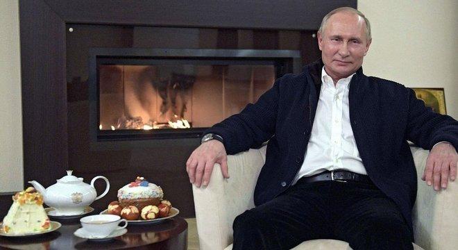 Putin ficou longe das câmeras desde que a crise piorou