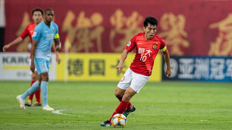 Volante: Zhi Zheng - Idade: 41 anos - Clube: Guangzhou Evergrande (China)