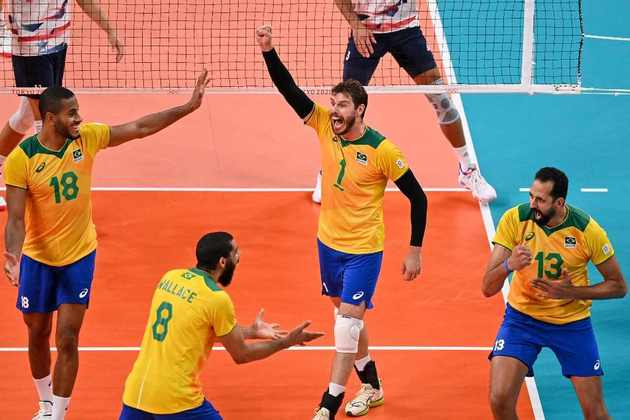 Vôlei: a Seleção Brasileira masculina encara o Comitê Olímpico Russo, às 1h, pela semifinal.