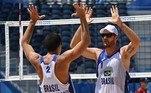 Alison e Álvaro Filho estrearam com vitória sobre a Argentina