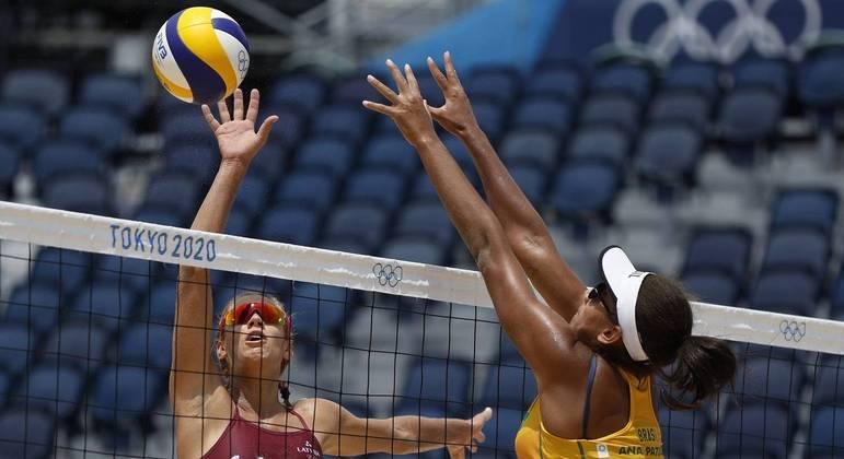 Ana Patricia/Rebecca fizeram jogo irregular e perdem para dupla da Letônia