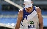 O vôlei de praia, porém, decepcionou. Com a derrota de Álvaro e Alison Cerutti, todas as quatro duplas brasileiras foram eliminadas sem nem mesmo poder competir pelo bronze. Essa é a primeira Olimpíada em que o Brasil não fica no pódio da modalidade
