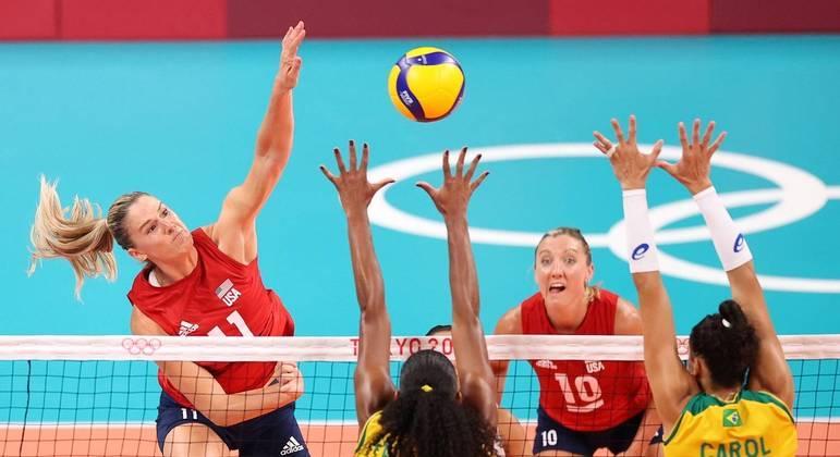 Andrea Drew e Jordan Larson, destaques da seleção norte-americana campeã olímpica