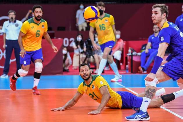 VÔLEI MASCULINO - Foi a primeira vez desde a Olimpíada de Sidney, em 2000, que o Brasil ficou sem medalha no vôlei masculino.