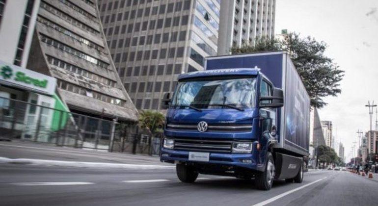 Segundo a VWCO 100 unidades dos caminhões serão entregues ainda neste ano
