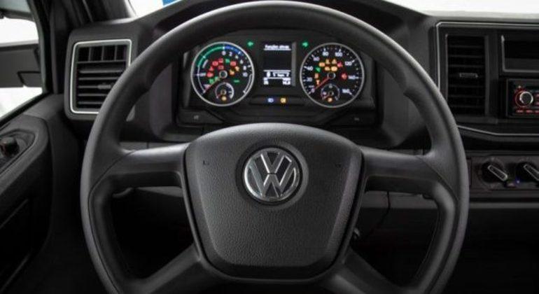 Motor tem 300kW e desenvolve cerca de 408cv com torque máximo de 2.150Nm