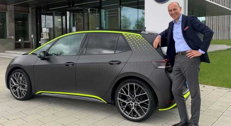 Modelo foi revelado pelo Ralf Brandstatter, executivo da marca