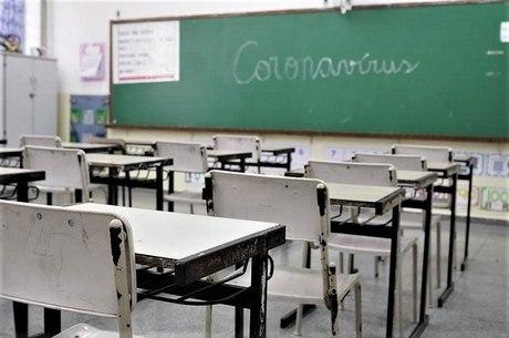 Escolas de Teresópolis terão até 10 dias para reabrir