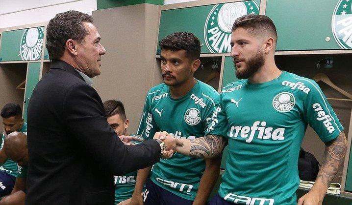 Volta de Luxemburgo – O Palmeiras iniciou o ano de 2020 com um novo treinador: Vanderlei Luxemburgo, multicampeão pelo clube na década de 1990. O 'Pofexô' veio para substituir Mano Menezes, demitido em dezembro de 2019.