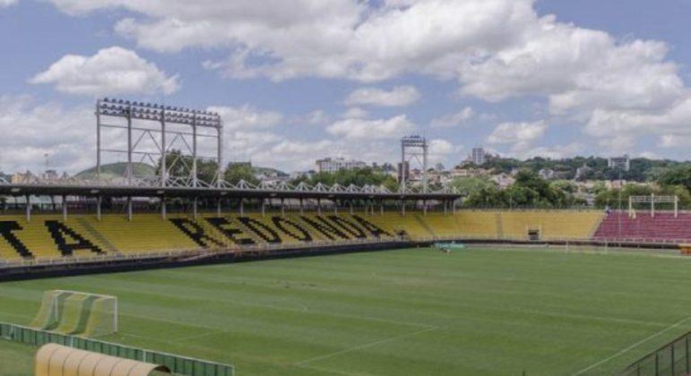 Estádio Raulino de Oliveira. Em Volta Redonda. Palco do Campeonato Paulista de 2021