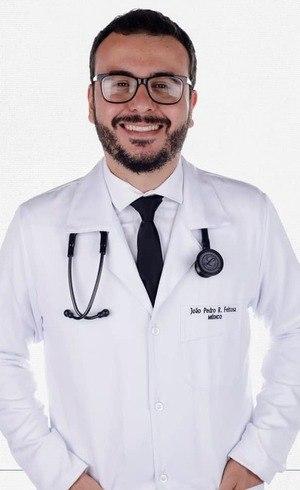 Feitosa (foto) trabalhava atendia pacientes com covid-19