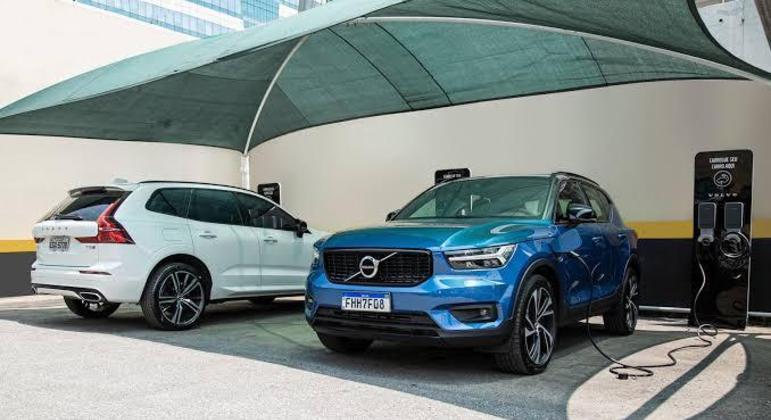 A Volvo é uma das montadoras que mais investem em pontos de recarga