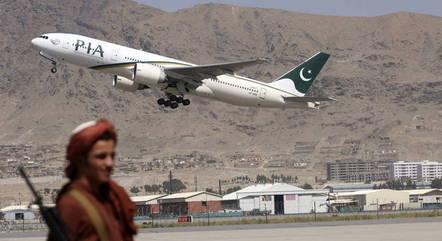 Cabul tem operado apenas com voos fretados