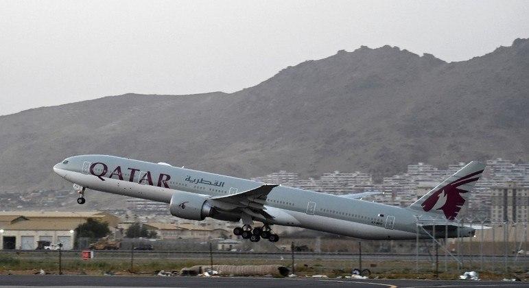 Autoridades afirmam que podem emitir até 6 mil passaportes por dia