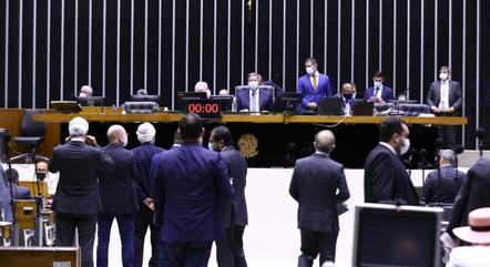 Presidenciáveis condenaram retomada das coligações proporcionais