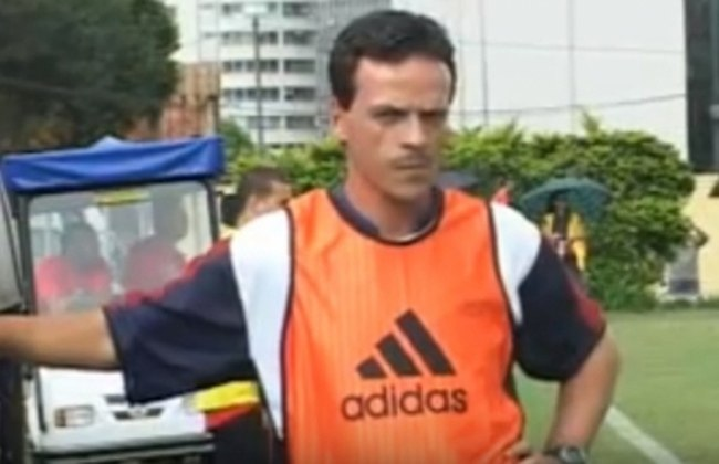 Votoraty-SP (2009-2010) - Após encerrar a carreira em 2008, Diniz decidiu ser treinador e ficou à frente da equipe do interior paulista até 2010. Na época, o Votoraty conquistou o título da Série A3 do Campeonato Paulista de 2009 e a Copa Paulista de 2009, garantindo a vaga para a Copa do Brasil de 2010.