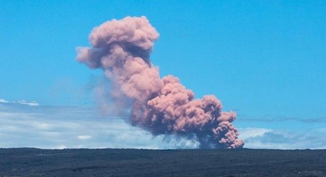 1,7 mil pessoas foram evacuadas na comunidade de Puna, ao leste da ilha