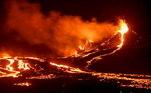 Essa é a primeira erupção em quase 800 anos de um vulcão na Península deReykjanes, que fica perto da capital do país,Reykjavik