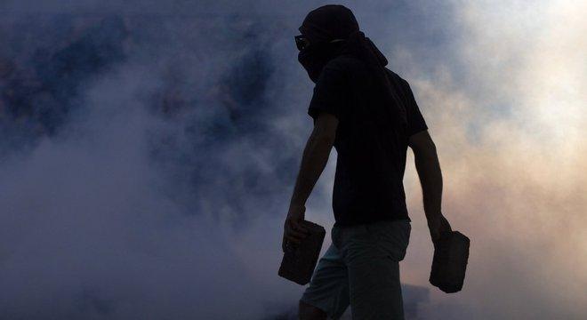 Para Müller, os saques, incêndios e ataques à infraestrutura pública são uma demonstração de que hoje, no Chile, impera a anarquia