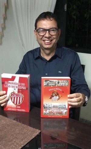 Wagner Augusto é também autor de livros sobre o Villa Nova