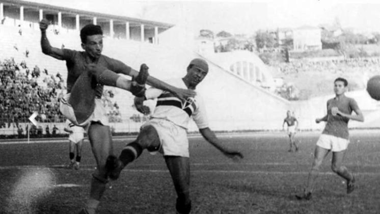 Waldemar de Brito: 21 gols em 1933 - Três anos após sua fundação, o então São Paulo da Floresta emplacou pela primeira vez de sua história um artilheiro de campeonato paulista, com o atacante Waldemar de Brito.