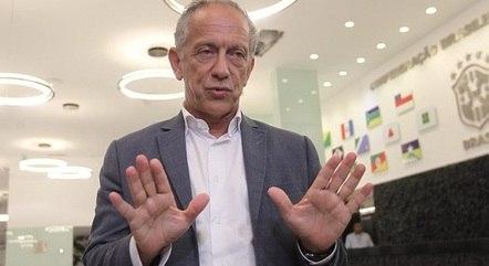 Feldman continua no cargo de secretário-geral