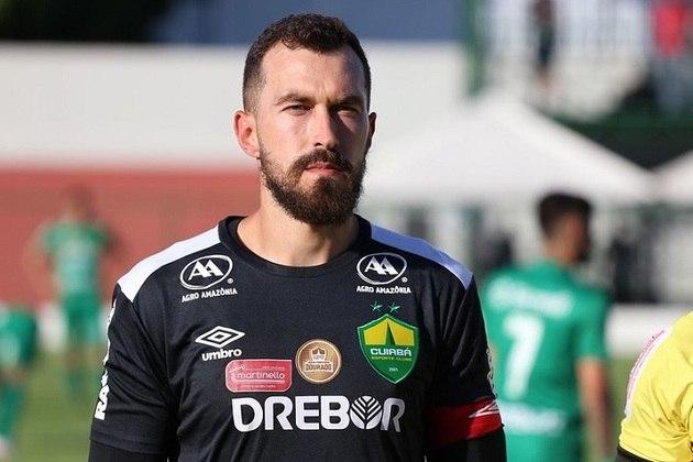 Walter - goleiro - Estava no banco de reservas. Hoje defende o Cuiabá.