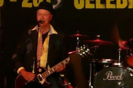 Guitarrista morreu vítima de câncer no pulmão e fígado