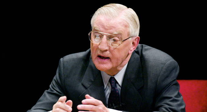 Morre ex-vice-presidente dos EUA Walter Mondale aos 93 anos