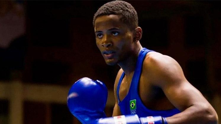 Wanderson Oliveira estreia no boxe diante de Wessan Salamana,refugiado, às 7h05, pela fase 32 avos, na categoria de até 63 kg.