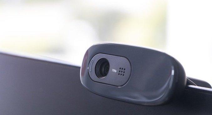 Supostos hackers alegam ter acesso a câmeras, explorando falhas que não existem