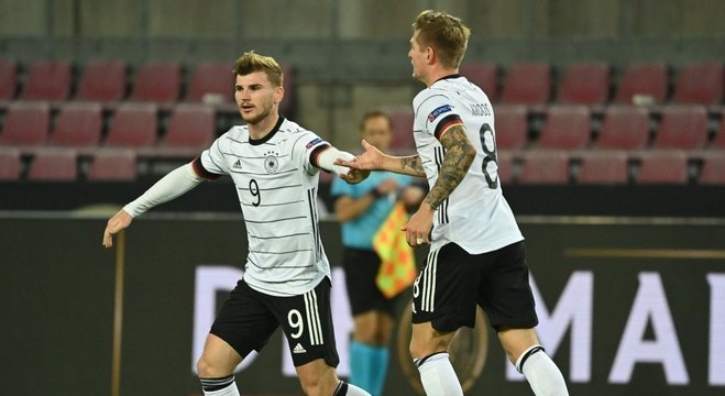 Timo Weber e Tony Kroos, ao menos o alívio do empate