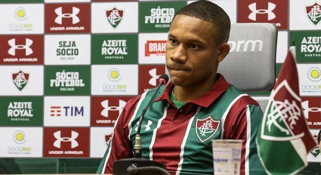 Wellington Silva testou positivo para covid-19 e está fora da decisão