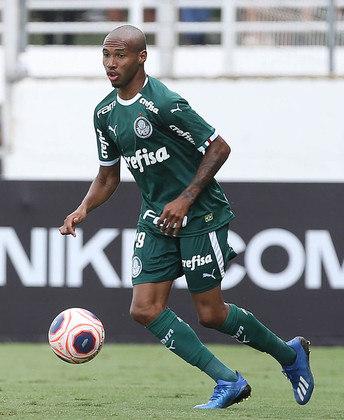 Wesley - 3 jogos - 98 minutos - 1 assistência - 0 gols - 3 finalizações - 1 drible