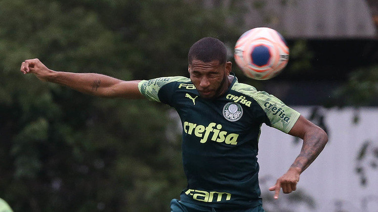 Wesley: 4 vezes (Corinthians (grupos Paulista), Goiás, Bahia e Internacional)