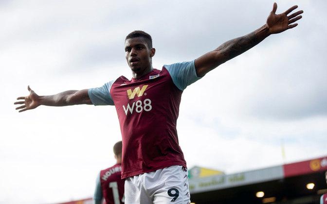 WESLEY - O atacante brasileiro foi contratado para ser o artilheiro do Aston Villa, mas não conseguiu corresponder às expectativas e poderia ser emprestado a algum clube brasileiro.