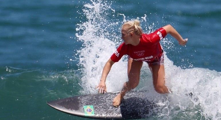 Não deu para Tatiana Weston-Webb. Brasileira perdeu para Carissa Moore na final do Mundial de Surfe