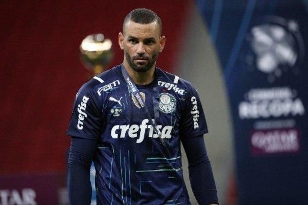 Weverton - Goleiro - Palmeiras - Valor segundo o Transfermarkt: 3 milhões de euros (aproximadamente R$ 18,81 milhões)