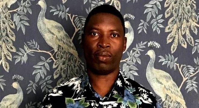 'Tudo é vigiado, computadores, telefones, nada é seguro', diz Faustin Rukundo, vítima de hacker pelo WhatsApp