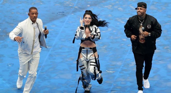 Will Smith,  Nick Jam e Era Istrefi interpretaram canção 'Live it Up'