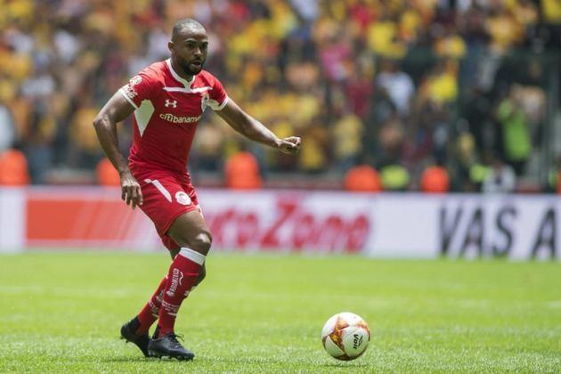 William - O meia de 34 anos, ex-Palmeiras, estava no Toluca, do México, e assinou contrato até o fim do ano.