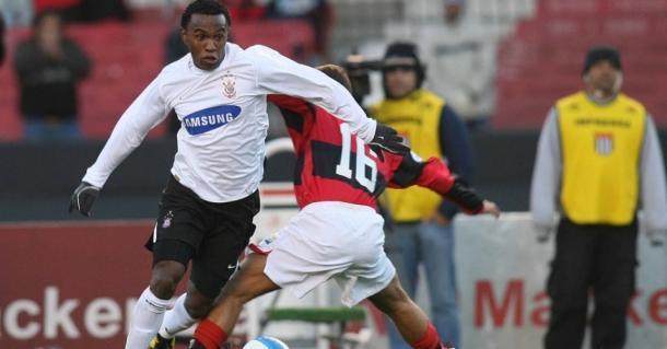 O início de Willian no Corinthians foi excelente. E logo foi para a Ucrânia com 19 anos