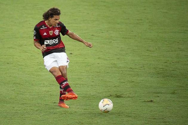 Willian Arão - volante - 28 anos - defende o Flamengo, onde é titular absoluto do meio-campo.