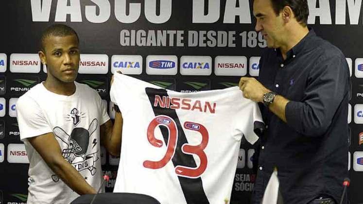 Willie -Emprestado pelo Vitória, esteve no Cruz-Maltino em 2013, e marcou seis gols nos 19 jogos que disputou.